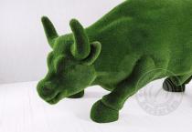 Садовая фигура быка - топиар