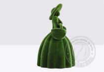 Садовая фигура - дама с корзиной